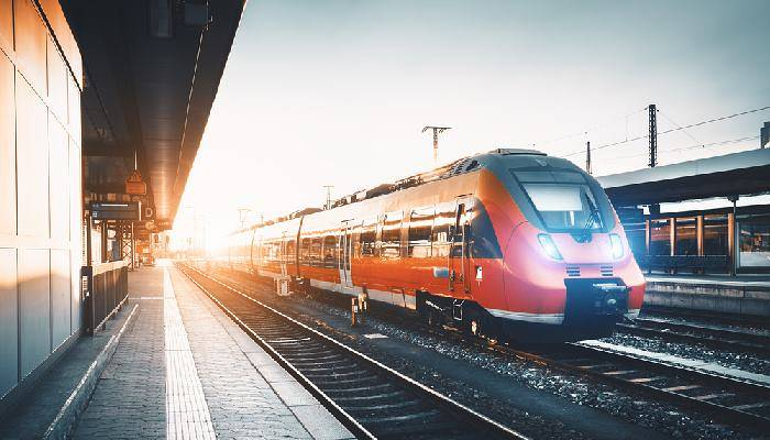 picture of a train